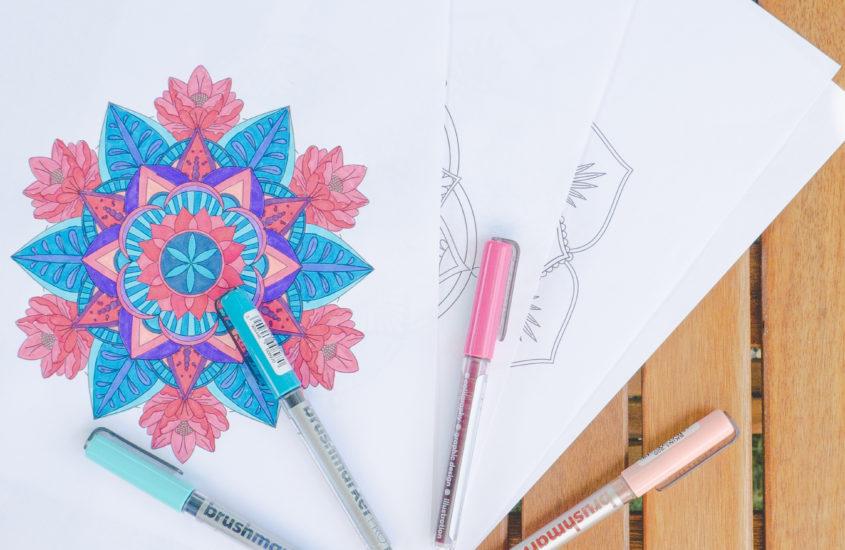 Kolorowanki antystresowe – mandale